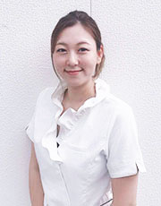 岩井 恭子